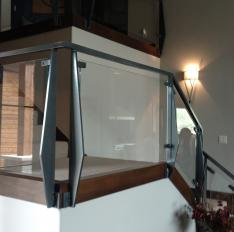 Glass Unlimited Glass inserts on Glass railing system