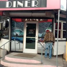Glass Unlimited New glass entryway for 19th Street Diner GWS.